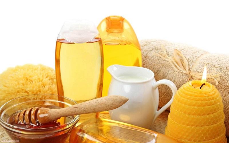 phân biệt sữa ong chúa thật và giả