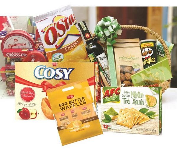 đồ ăn vặt nên mang theo khi đi du lịch