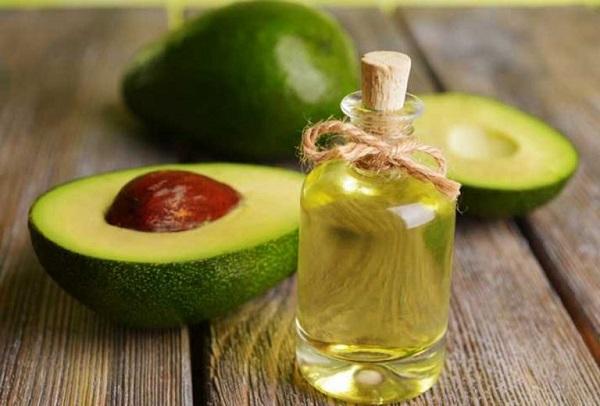 giảm rụng tóc bằng dầu dừa